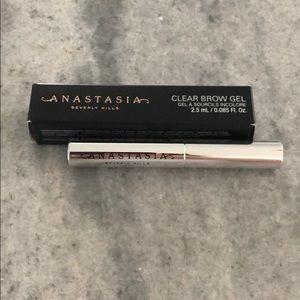 🌟SALE🌟 Anastasia Beverly Hills clear brow gel